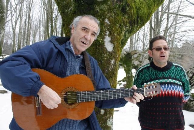KANTUAK ETA KONTUAK: Baskonia Mendi Taldea: GORBEIA, KONTUAK ETA KANTUAK · Gontzal Mendibil eta Iñaki García Uribe